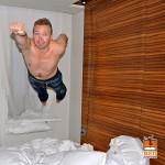 Bedjump.com, il sito dei salti sul letto